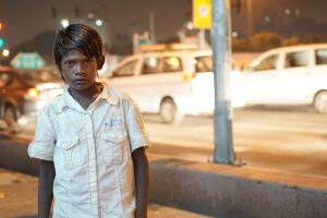 delhi boy homeless night lights street lights india child street
