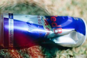 energy close up vintage grass nikon adobe redbull overlays lightroom