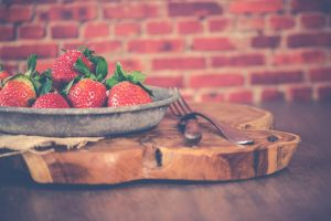 freshness bowl color fresh berries epicure healthy food eating healthy strawberries