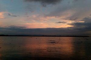 landscape evening sky mirror image cloudy sky dramatic sky