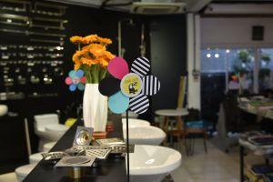 mirror vase furnitures lights chairs interior design indoors contemporary flowers