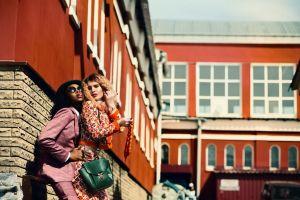 people street models wear girls suit fashion women outdoorchallenge pose
