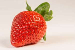 red fruits healthy delicious strawberry eating healthy white background freshness macro fresh fruit macro photography