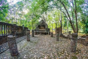 sculpture satchanalai sukhothai historical building wat heritage world elephant chang
