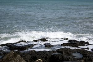 sea wave italy rocks sea water