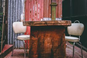 seat tabel old seats retro rust wood furniture meeting