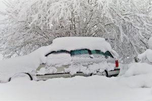 snow snow hell car winter snow on car