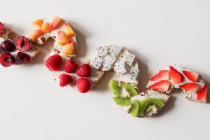 strawberries fruits healthy food berries slices delicious food photography