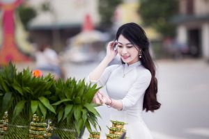 wear female pretty justifyyourlove long hair woman smile person beautiful smiling