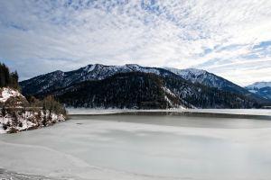 white mountain peak rocks winter scenic daylight frost conifer snow frozen