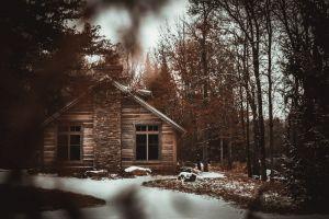cold cabin woods winter log cabin barn frost scenic snowy season