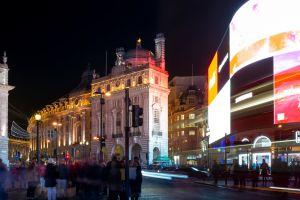 night light trail street piccadilly circus streets long exposure piccaddilly people london crossing
