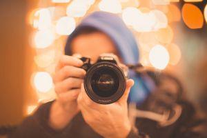 photographer sparks lights night city lights