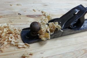 plane shavings hand plane wood work workbench wood shavings workshop