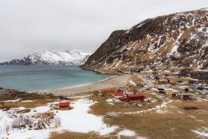 red houses nature fjord landscape montagne grøtfjord fjords mountain norway
