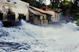 sight tourism natural disaster filmmaker water nature disaster old building village tourist attraction