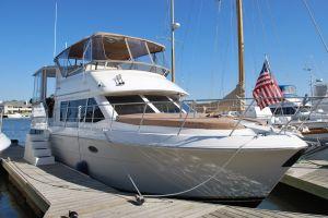 yacht sealife harbor ocean sailing boating
