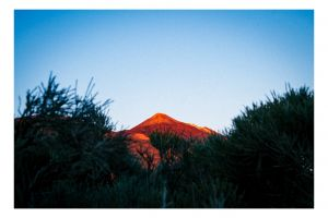 above landscape red moutain mother nature nature photography nature sunset abovetheclouds 35mm volcanic