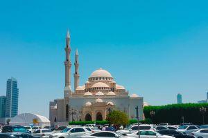 al noor uae sharjah sky mosque