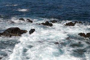 beach water sea waves rocks ocean slow motion