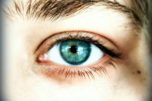 beautiful princess alayna blue eyes