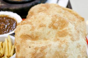 chole tasty food tasty bathura food lover scrumptious food indian food unhealthy food bread chole bhature