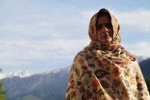 clouds lady mountain manali old lady india trees sunshine sky snow