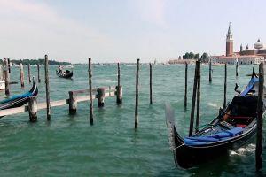 docked watercrafts dock ocean boats water sea gondolas
