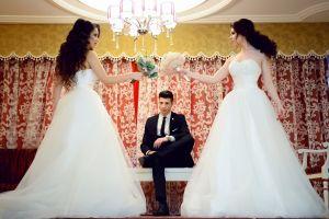 fight groom wear female women man dress gown girls bouquet