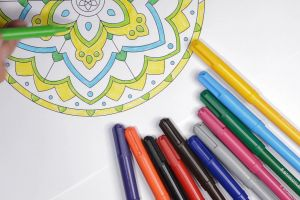 hand coloring kaleidscope shape color pens circles color colourful pattern