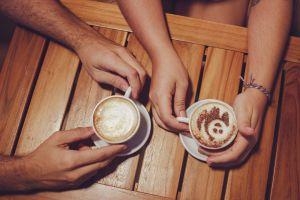 indoors foam close-up hot latte art caffeine coffee woman latte wood
