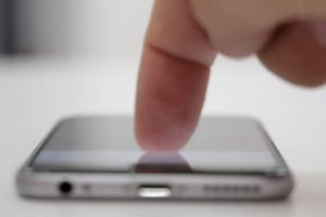 iphone blurred smartphone finger blurry texting
