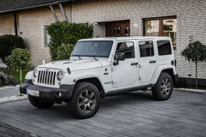 jeep car wheels driving offroad germany