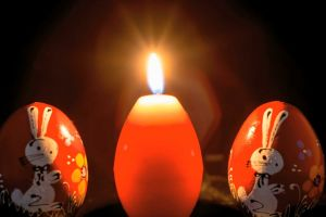 melt art bright flame shaped design light easter candle wax