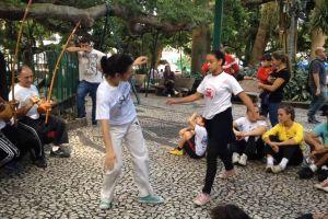 music street audience capoiera musician people brazil dance