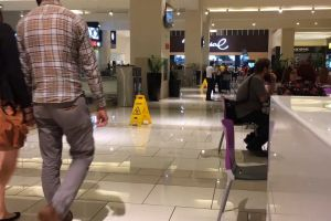 people time lapse store indoors shopping mall