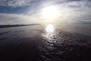 perspective sky water sea currrent sunny ocean
