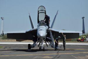 plane pilot hornet f18 f-18 fighter jet