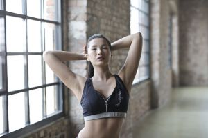 room person portrait chinese asian gym girl sport fit fitness
