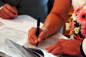signature married handwriting ballpen wedding bouquet hands hand family lovers flowers