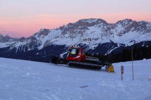 ski slope dolomiti winter jochgrimm fiemme latemar ski sunset snow aldein