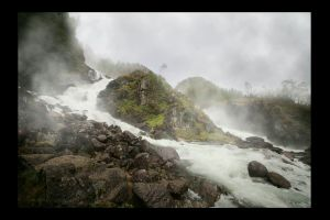 stream water rocky scenic fog mist foggy rocks nature