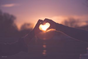 sunset love heart couple valentine together valentines hands best friends