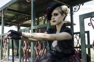 terror model blonde beauty actress circus woman creep freak creepy
