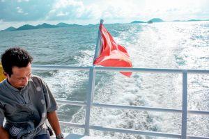 vietnam ocean sunshine