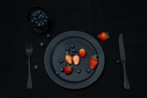 blueberries knife strawberries fork fruit berries food