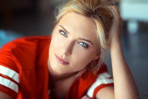 eva mikulski portrait blue eyes blonde lods franck women pink lipstick face