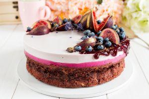 food cake berries sweets