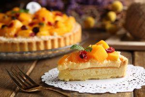 fruit cake fork food