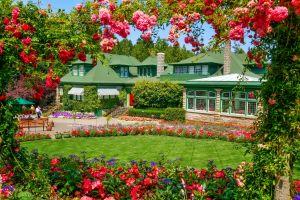 garden mansion house